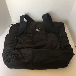Lululemon triumph black tote gym bag